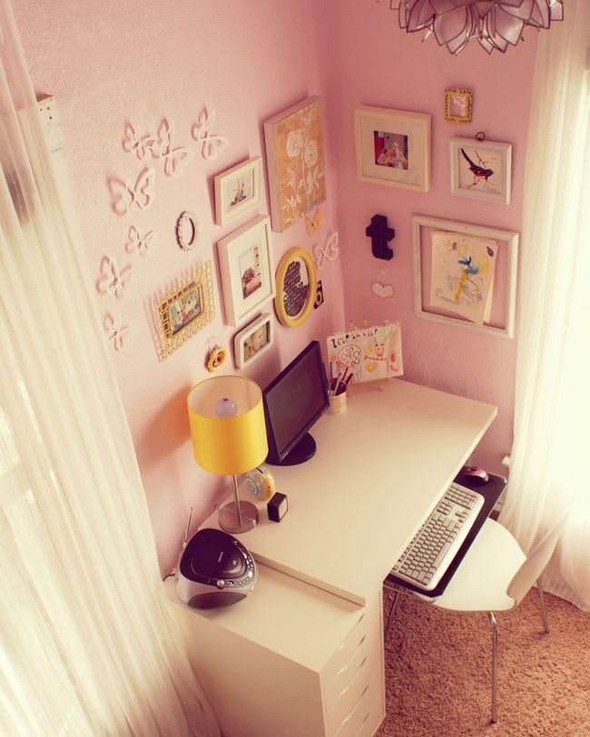 Trins desk area 10